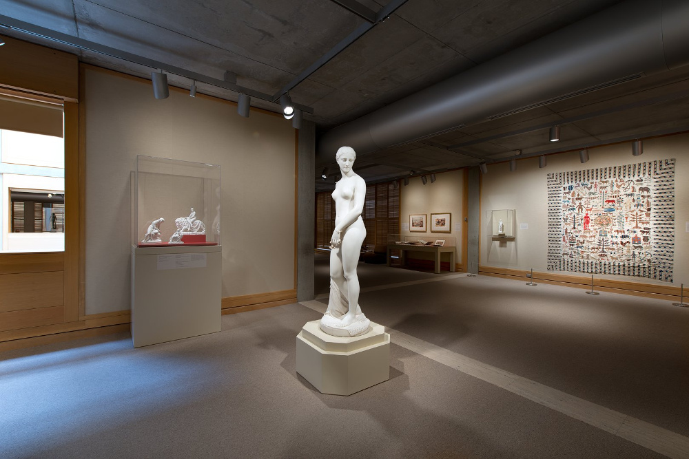"""The Scandalous Story Behind the Provocative 19th-Century Sculpture """"Greek Slave"""""""